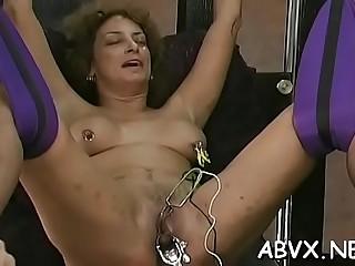 Nasty woman deep dildo action